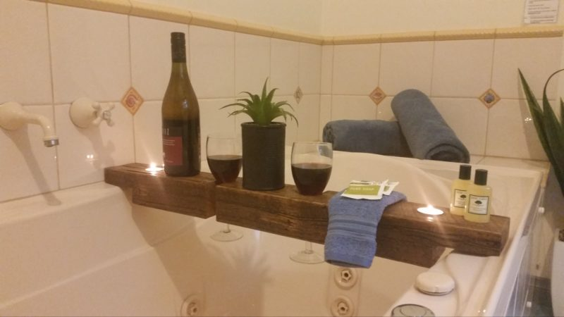 Spa Bath - 3 Bedroom Cottage