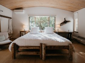 Giant King Size Driftwood Bed - Beach Hideaway