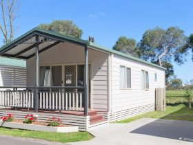 BIG4 Dandenong Tourist Park Family Accommodation Cabins