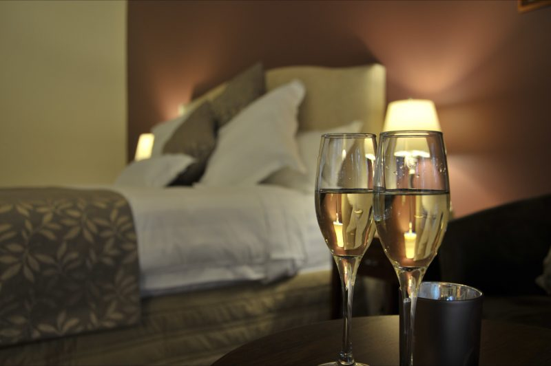 relax at the Black Spur Inn in a Premier King Room