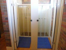 Men's Bathroom Showers