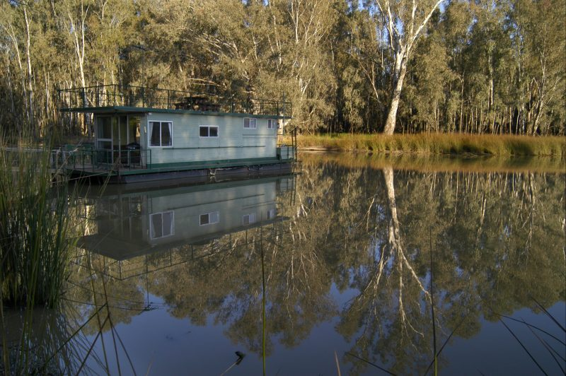 Permanently moored houseboat on the Billabong