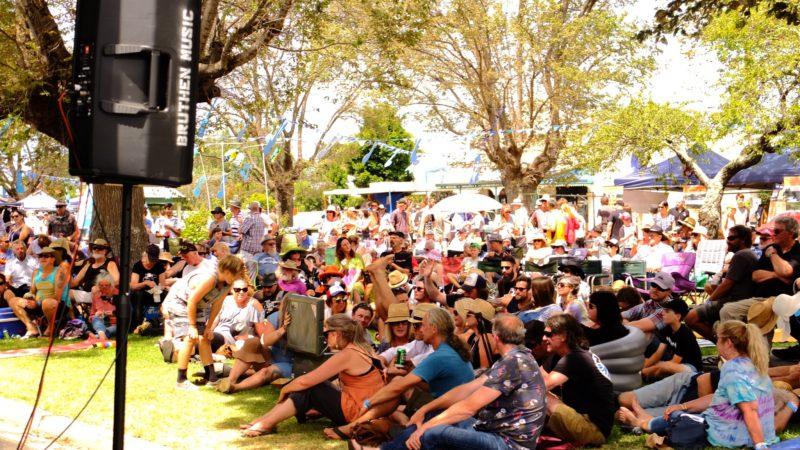 Free Music Saturday Street Stage
