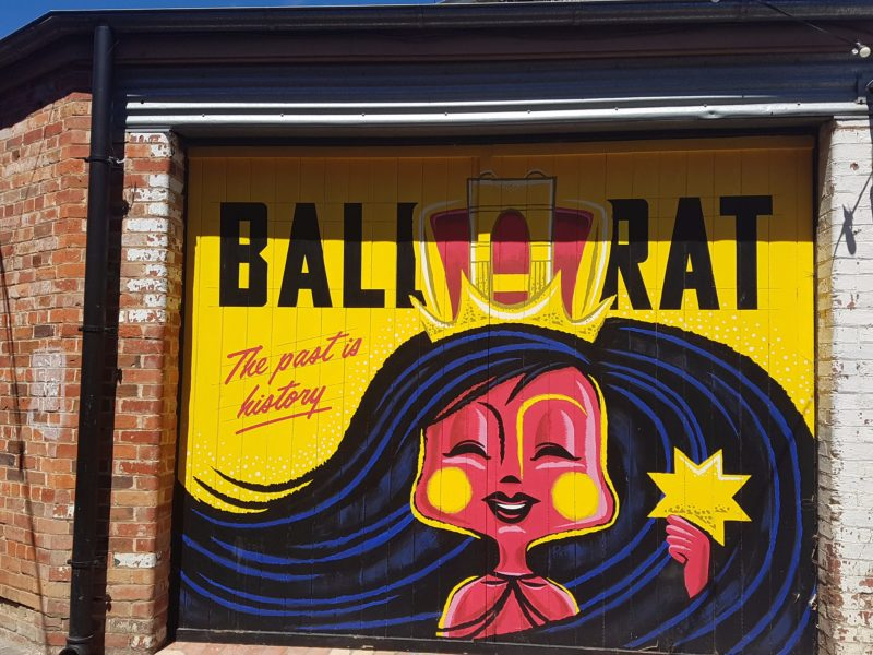 Mural located in the laneway near to Calbung Stays