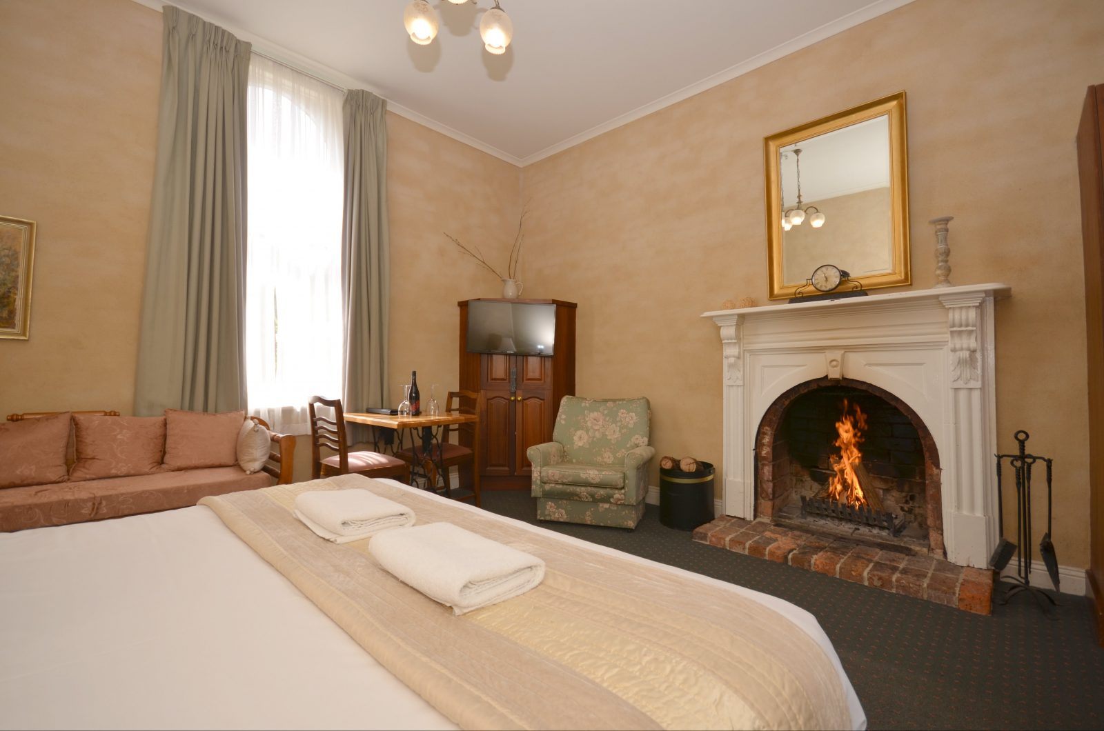 King Fireplace Room