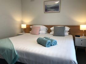King size beds in every room at City Central Motel & Apartments Warrnambool on the Great Ocean Road