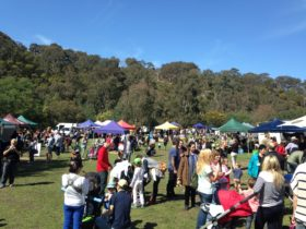 Collingwood Children's Farm Farmers' Market