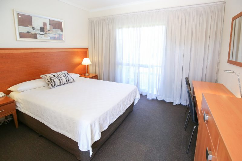 Comfort Inn Deakin Palms - standard king