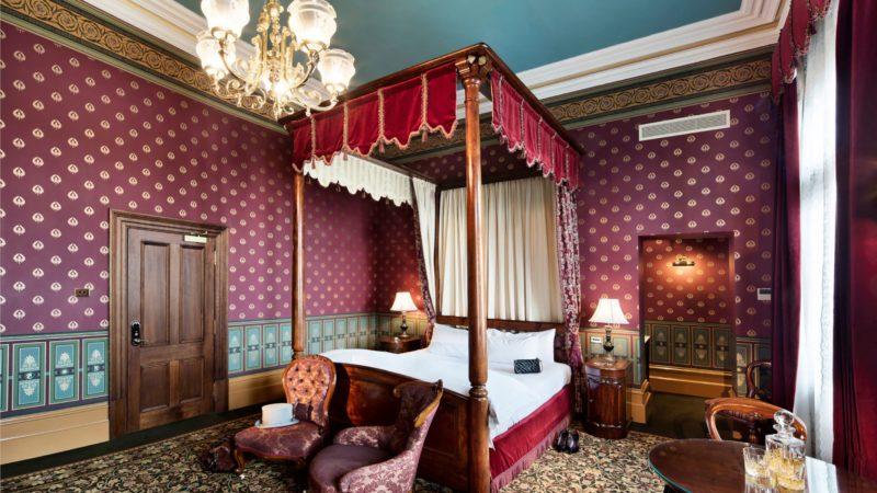 Royal Balcony Suite - Prince Albert