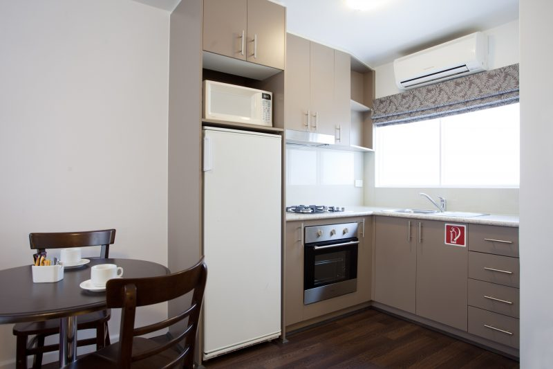 Easystay Apartments Kitchen