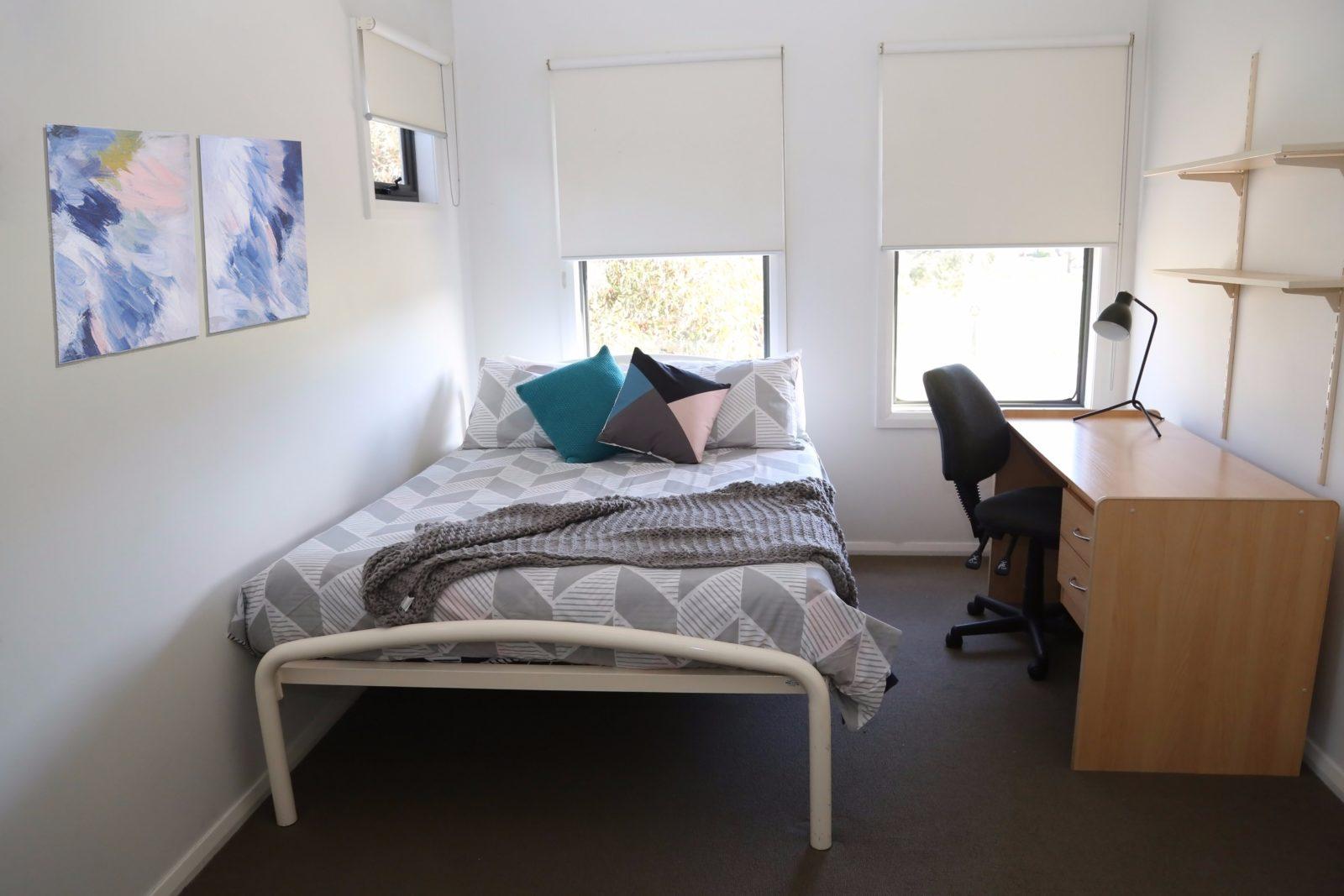 Elsworth Street Apartments Double Bedroom