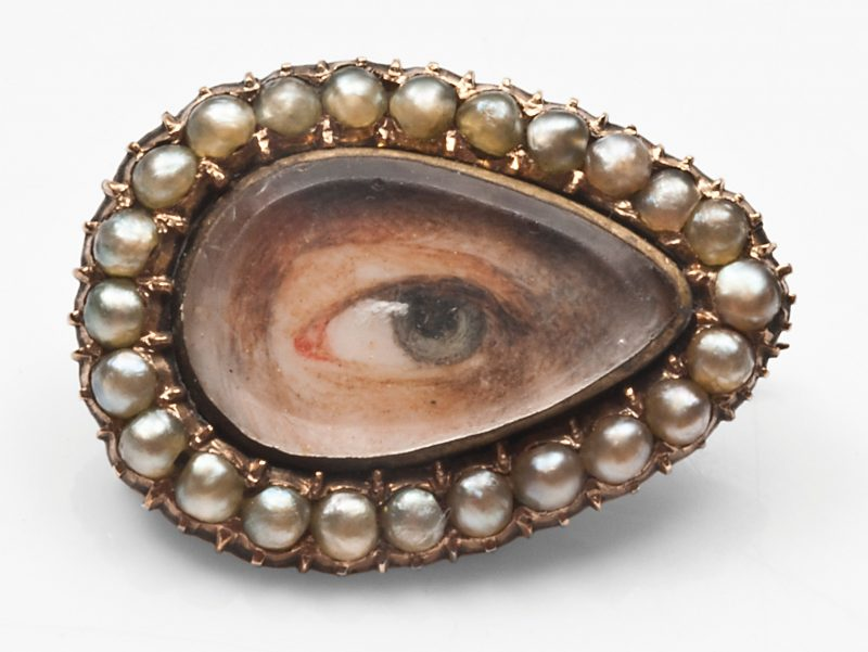 Unknown maker (England), eye miniature brooch c. 1810, gold, pearl, ivory, paint, Art of Mourning.