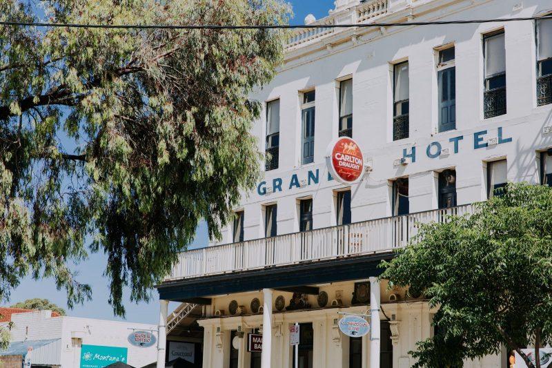 Grand Hotel Portarlington front