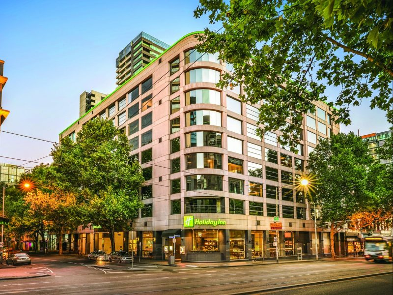 Holiday Inn Melbourne on Flinders Accommodation Melbourne CBD