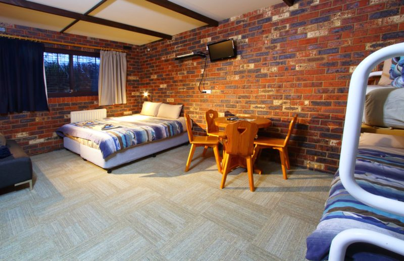 3-4 Share Lodge Style Room