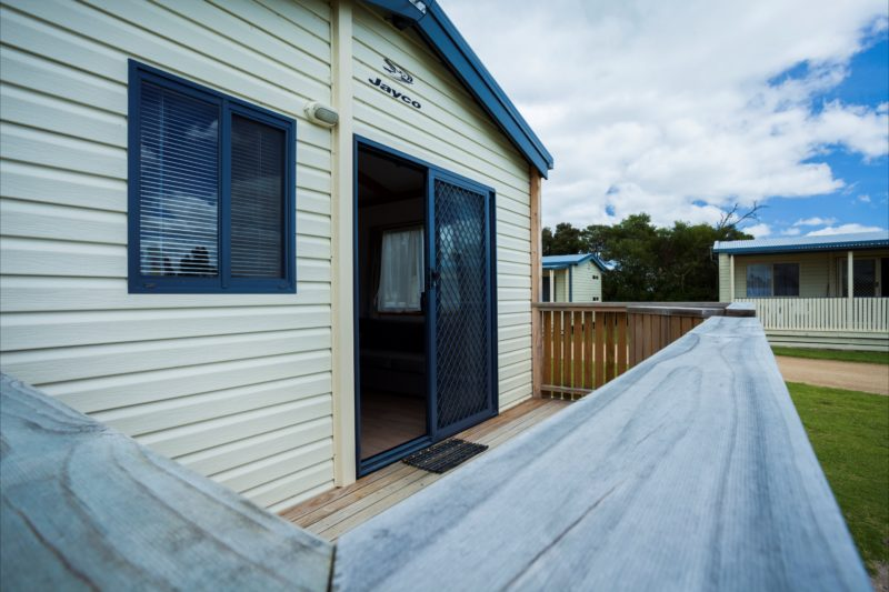 Cabins exterior Long Jetty Foreshore Carvan Park
