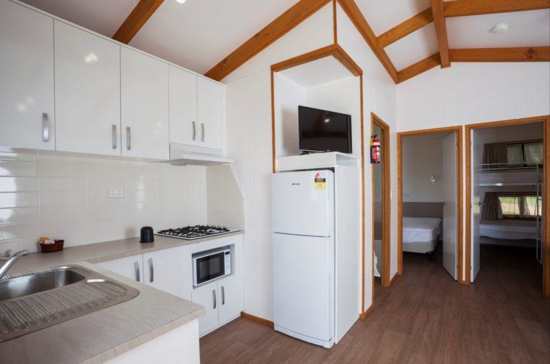 Standard cabin Long Jetty Foreshore Caravan Park