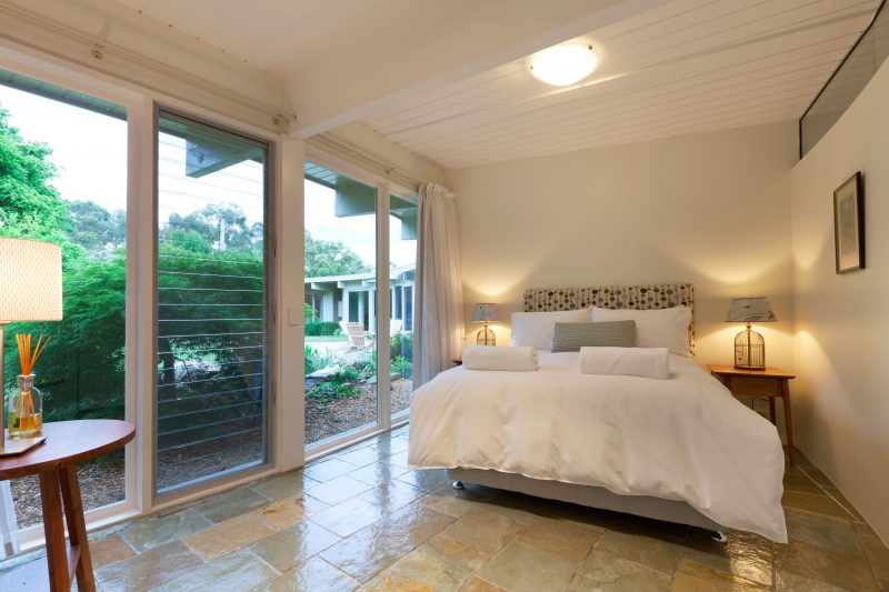 Bedroom with view of the garden