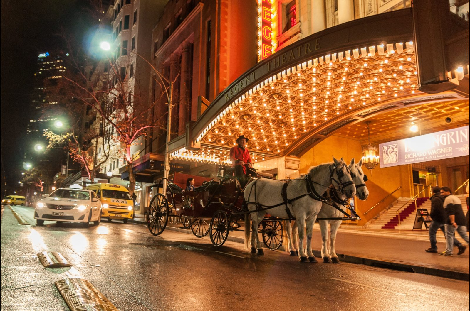 Things to do Melbourne Horse Drawn Carriage