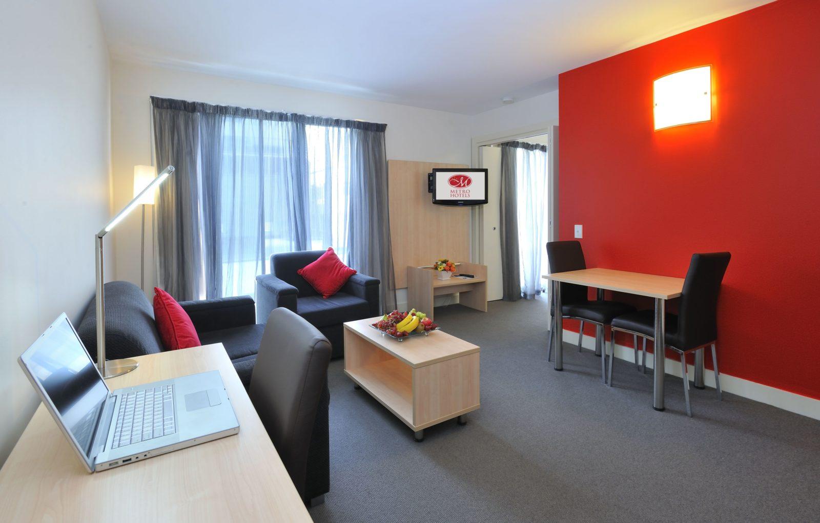 One Bedroom Lounge