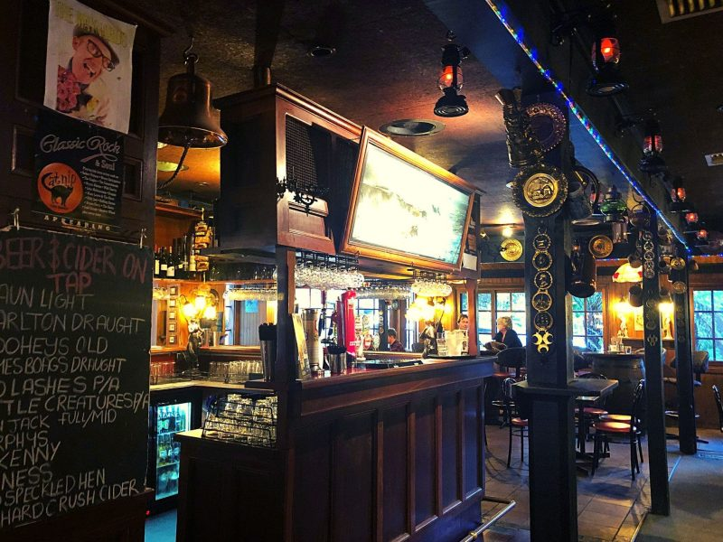 Micawber Tavern - Belgrave front bar