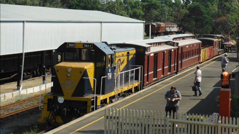 Mornington Railway