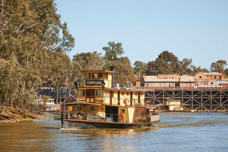 Murray River Paddlesteamers Echuca - Emmylou
