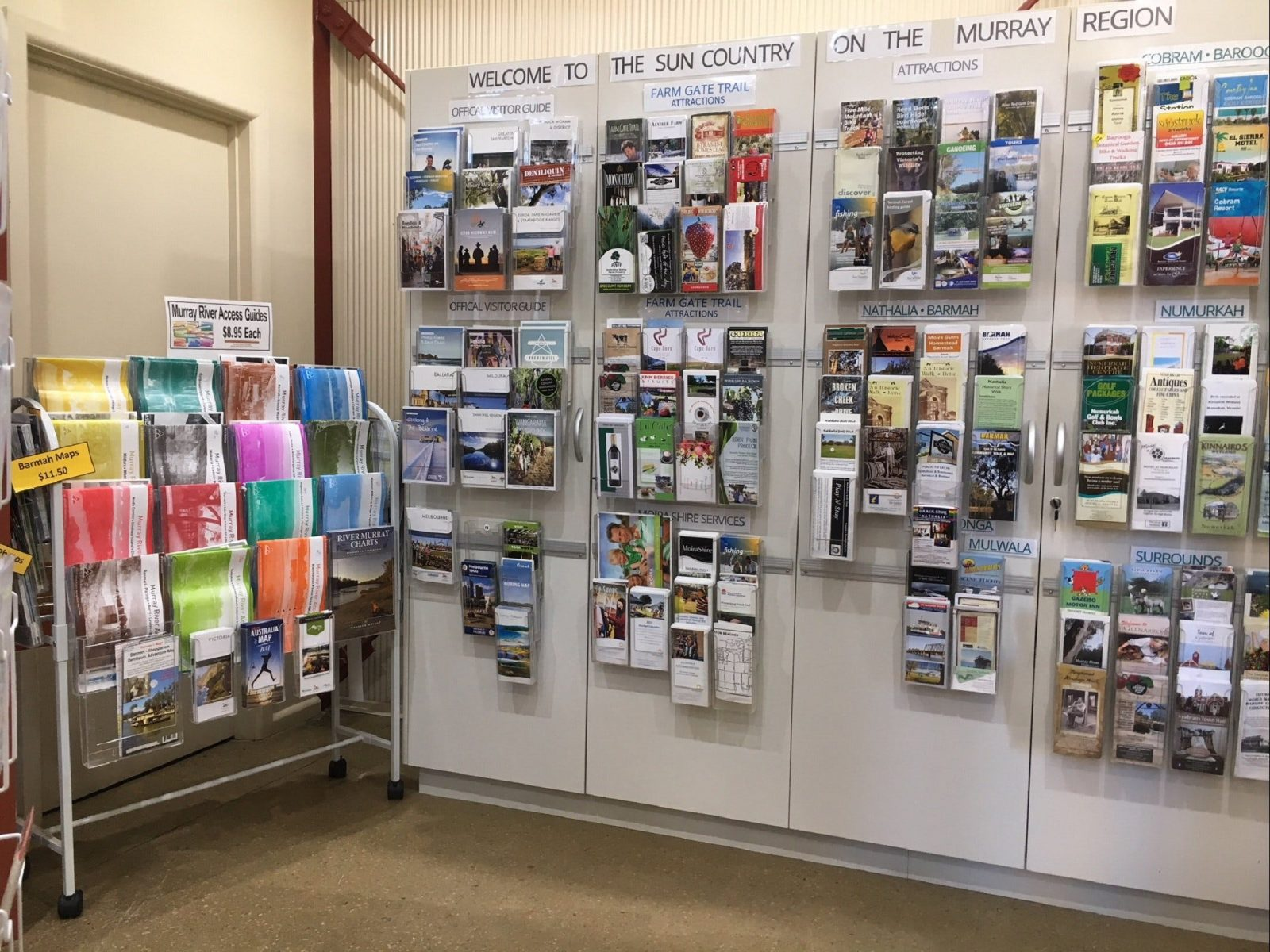 Maps, Brochures, Official Visitor Guides and more
