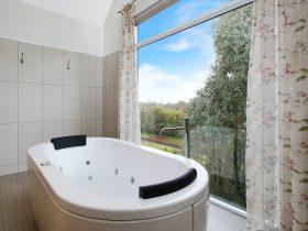 Amazing bath views