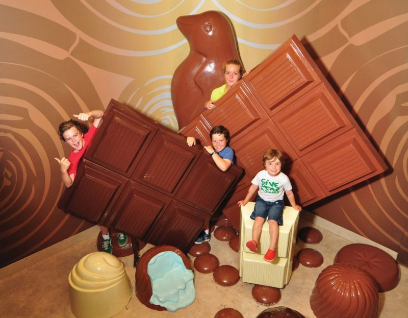 Pannys Giant Chocolate Photo Room