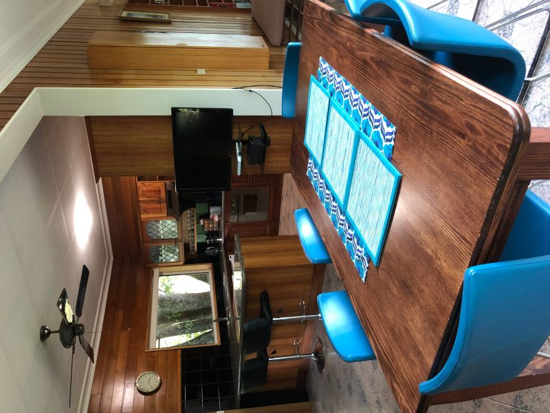 Rockpool Gardens Dining Area For 6. TV Included