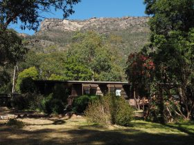 Royston Lodge, Halls Gap