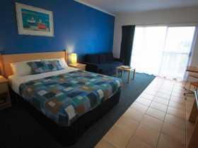 Motel Spa Room