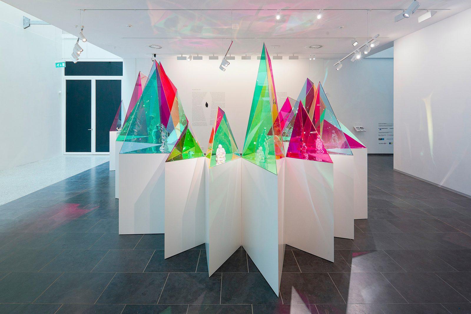 SO–IL x Meissen installation detail at Kunsthal KAdE, Amersfoort, The Netherlands