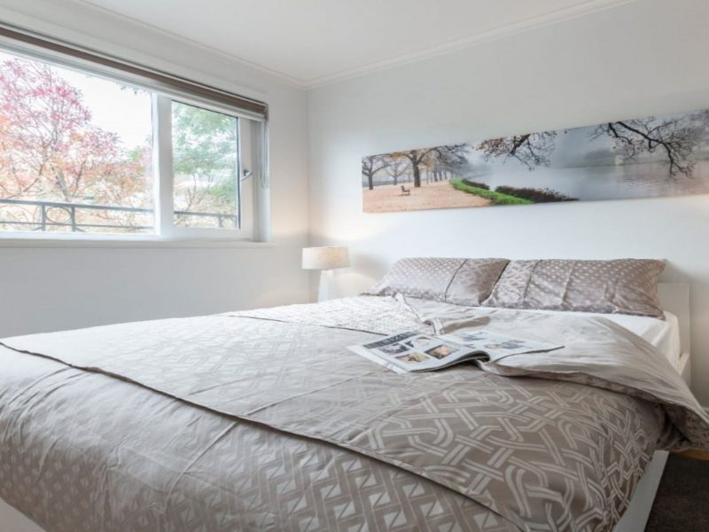 One Bedroom Apartment in South Yarra
