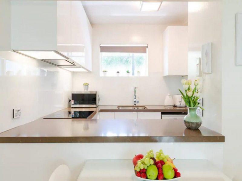 South Yarra Stays Kitchens