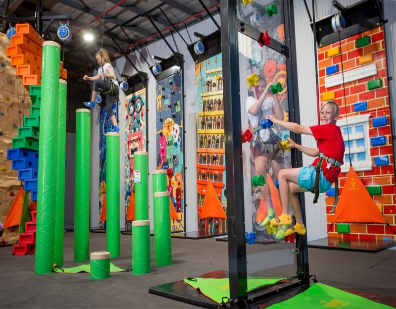 Children climbing at Supatramp Wodonga