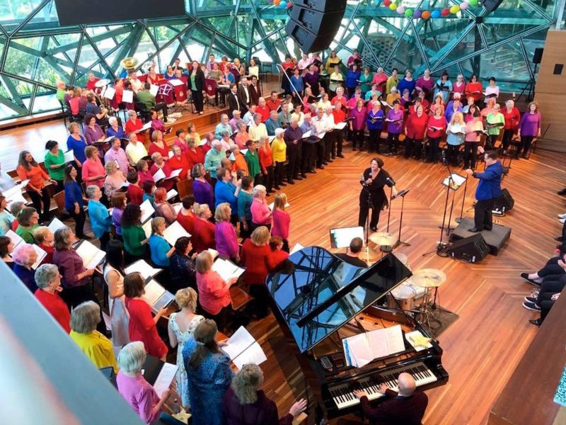 Liane Keegan and Play It Forward massed choir