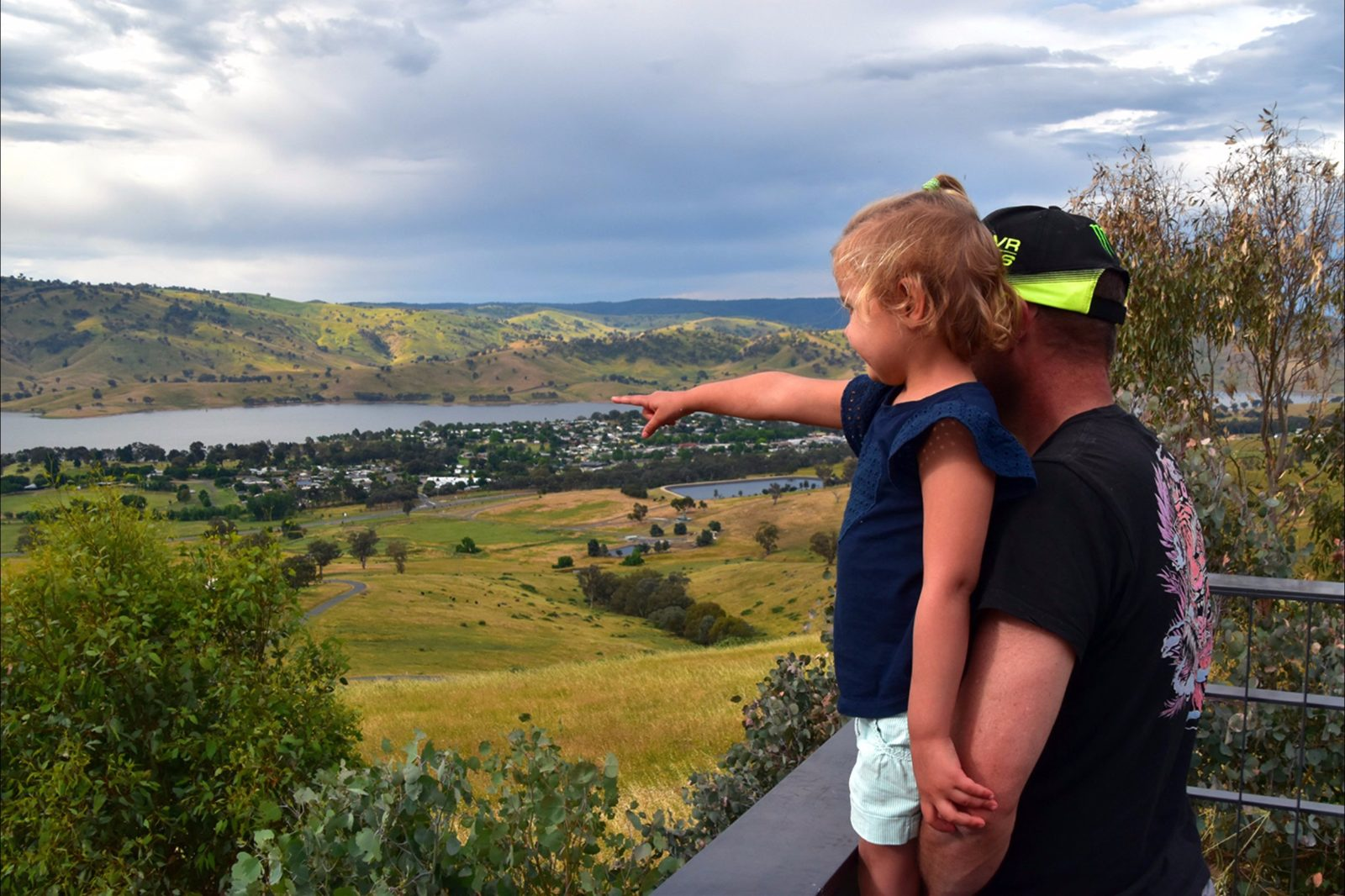 Tallangatta lookout - taking in the views