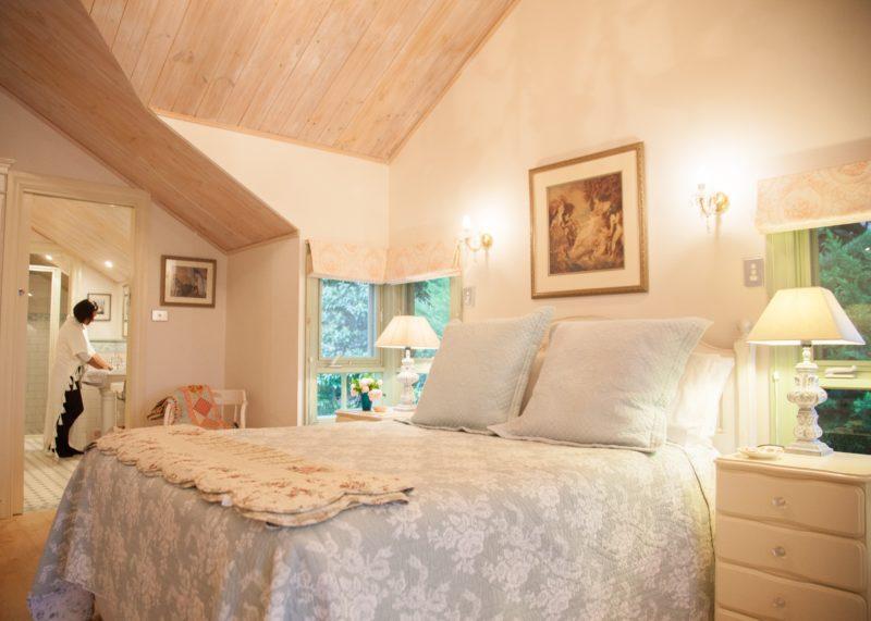 The Barn Main Bedroom and Bathroom