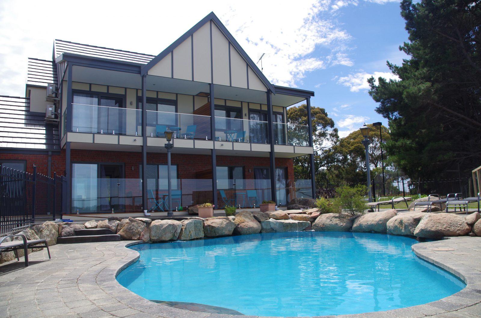 rooms pool side