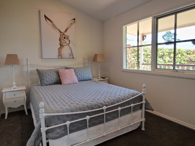 Magnolia Cottage is beautifully furnished and a delight to come home to at the end of your day out.