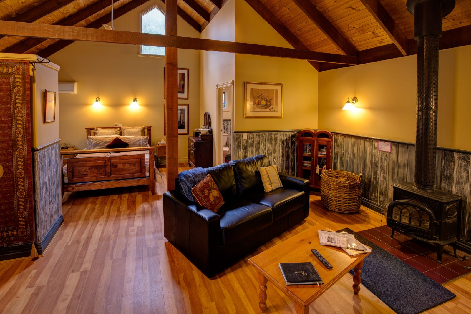 Trawool Cottages & Farmstay
