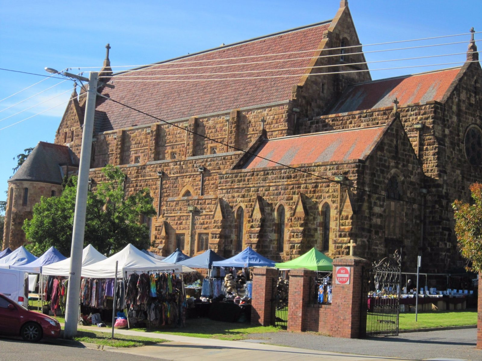 cathedral market