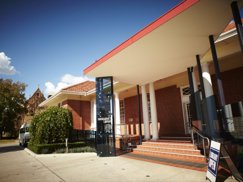 Front entrance of the Wangaratta Library.