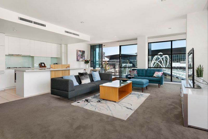 Waterfront Apartments Melbourne - Fully furnished serviced apartment