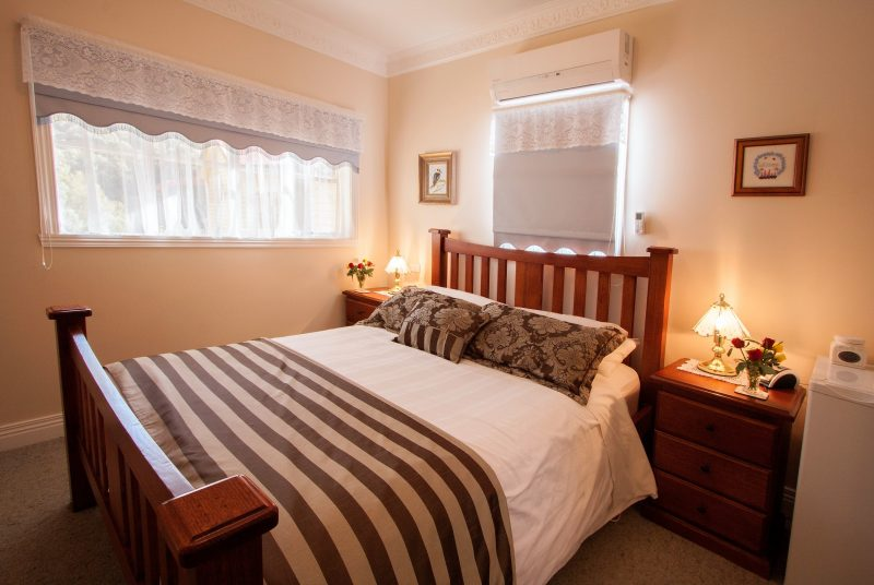 Comfortable queen bed with full private en-suite.