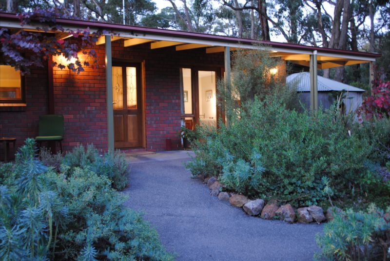 Wintarni Olives Cottage, a warm inviting haven with accessible entrance.