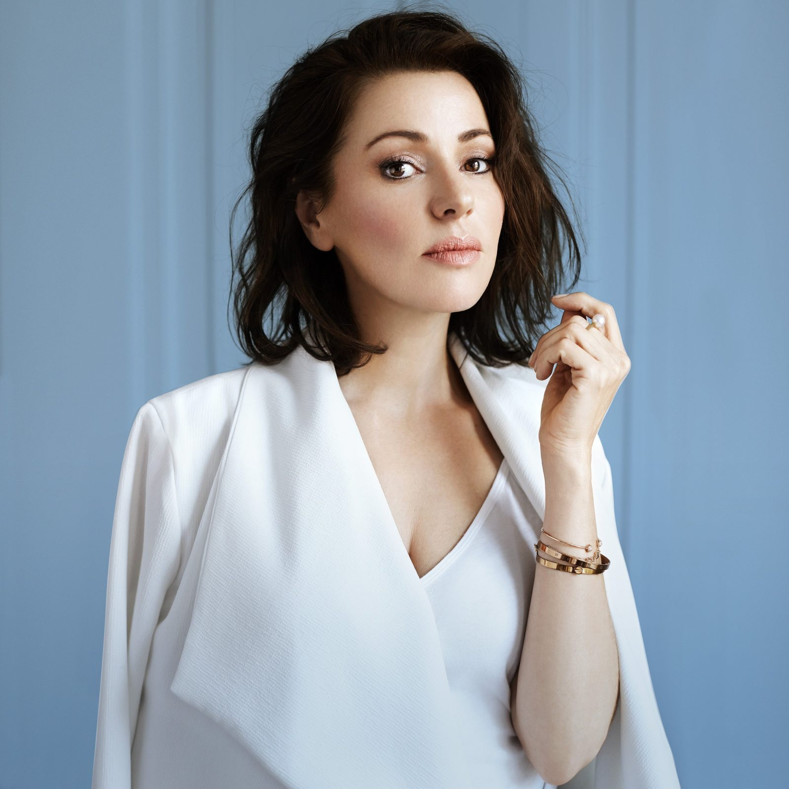 Tina Arena AM