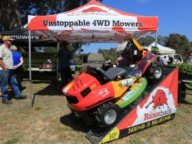 4WD Mowers - one of many vendors at the Garden Expo